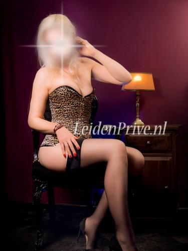 Carmen nu bij privehuis Leiden Privé in Leiden - Foto: 1